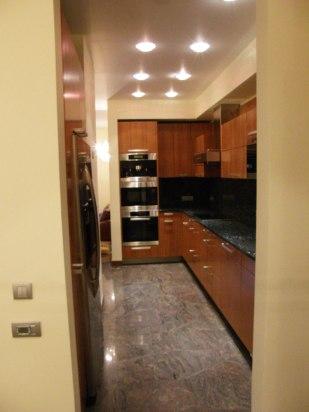 Дизайн интерьера квартиры в стиле минимализм. Кухня